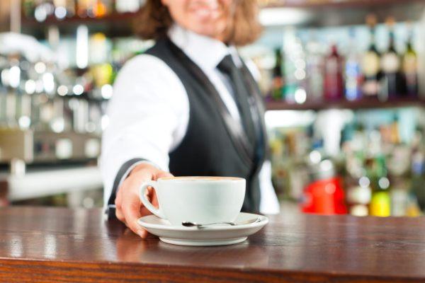 il bar: caffe, aperitivo, liquore, digestivo. alcolico